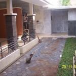 Area Patio di Samping Rumah Renovasi Rumah Kuno Jaman Londo di Kertijayan Pekalongan