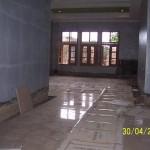Pemasangan Lantai Granit di Ruang Keluarga